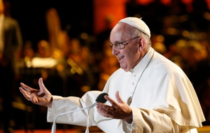 Pope Francis addresses the Festival of Families in Philadelphia Sept. 26. (CNS/Paul Haring)
