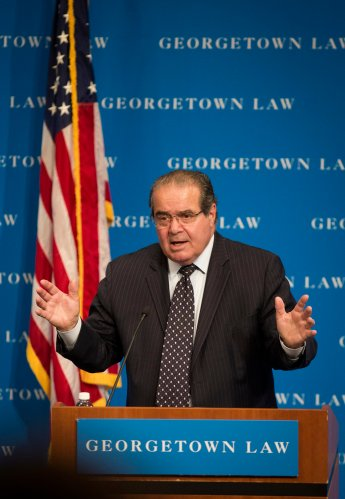 U.S. Supreme Court Justice Antonin Scalia speaks in 2013 at Georgetown University Law Center in Washington. (CNS/Nancy Wiechec)