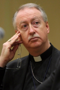 Edmonton Archbishop Richard Smith pictured in 2010. (CNS/Nancy Wiechec)