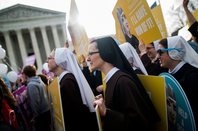 Women religious demonstrate against the Affordable Care Act's contraceptive mandate March 23 outside the U.S. Supreme Court in Washington. (CNS photo/Jim Lo Scalzo, EPA)