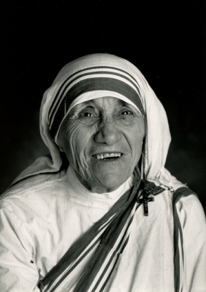 Blessed Teresa of Kolkata is pictured in 1992. (CNS/Michael Collopy)
