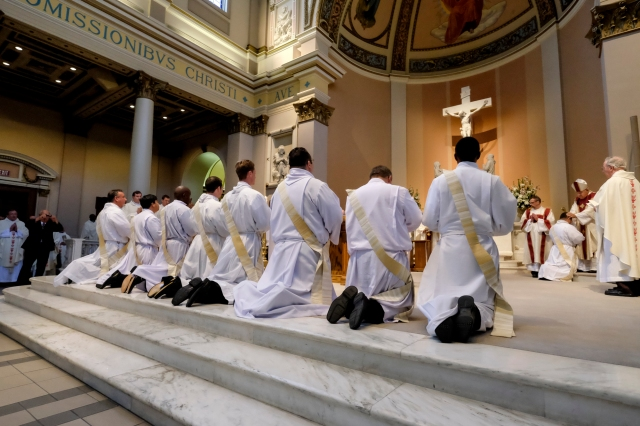 Bishop David R. Choby of Nashville, Tenn., celebrates the ordination Mass for nine men at the Cathedral of the Incarnation in Nashville in 2014. (CNS file/Rick Musacchio, Tennessee Register)