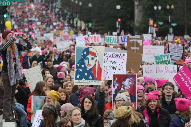 Participants in the Women's March on Washington make their way down Independence Avenue Jan. 21. (CNS/Bob Roller)