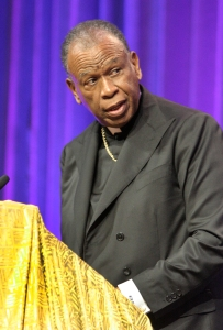 Bishop Edward K. Braxton of Belleville, Ill., addresses more than 2,000 delegates July 8 during the 12th National Black Catholic Congress in Orlando, Fla. (CNS/Jean Gonzalez, Florida Catholic)