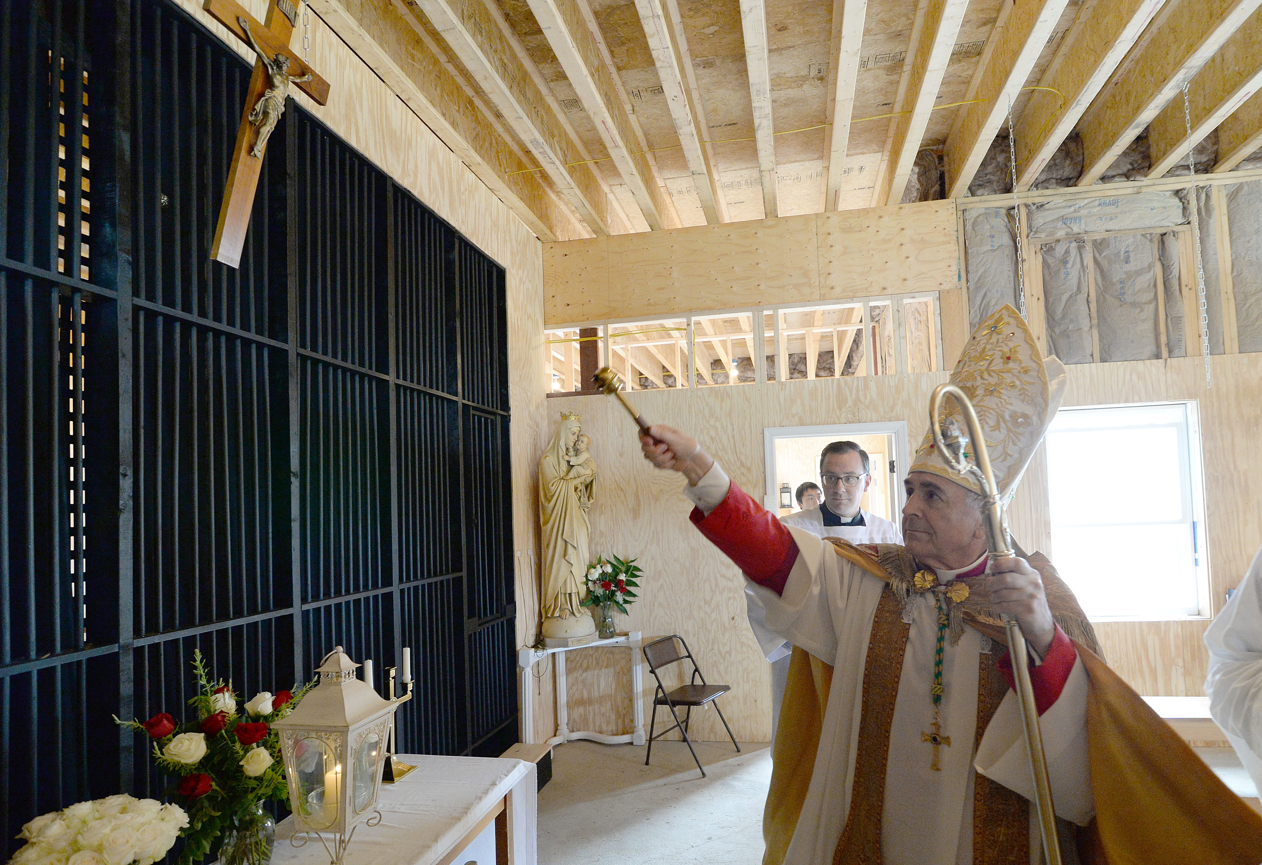 Discalced Carmelites use time-honored skills to construct