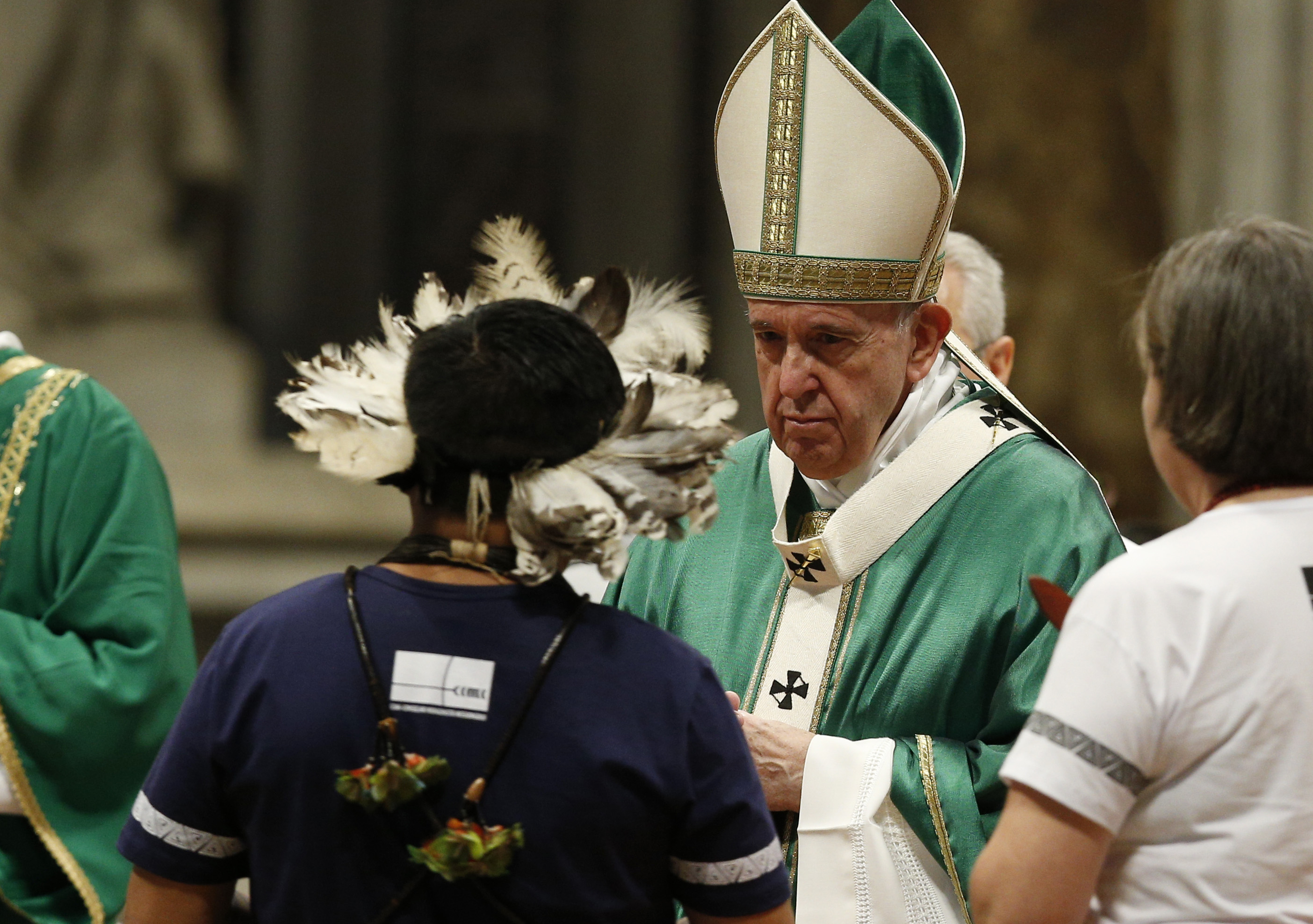 Fear, attachment to status quo smother fire of God's love, pope says